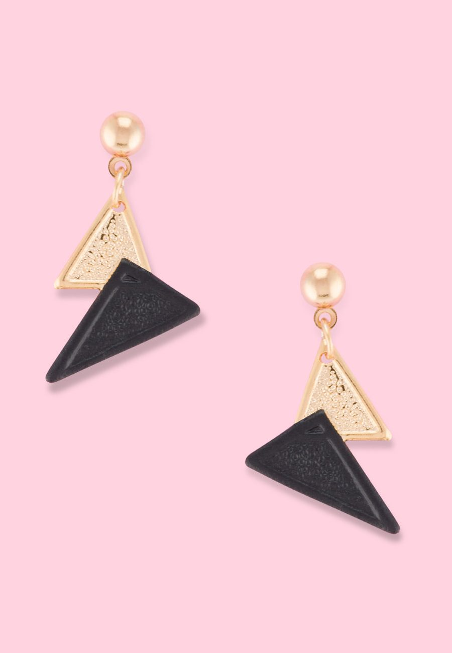 Vintage minimalistic push-back earrings by live-to-express. Shop vintage earrings online.