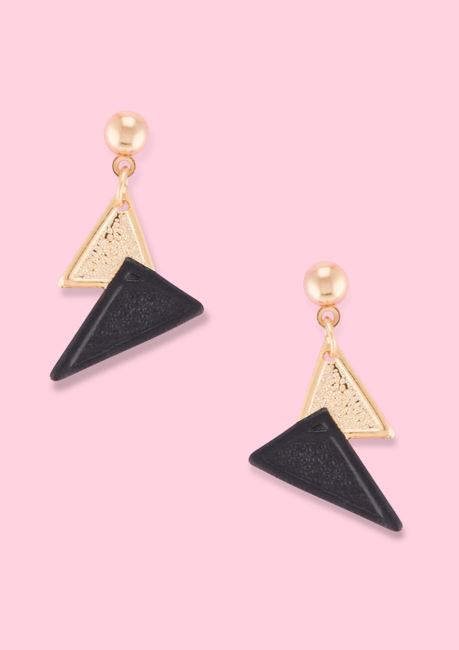 Vintage 90s ear jewellery by live-to-express. Shop vintage earrings online.