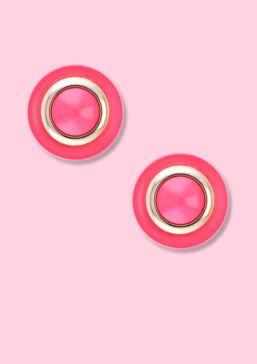 Pink classic style vintage stud earrings with clip-on closing, by live-to-express. Shop vintage earrings online.