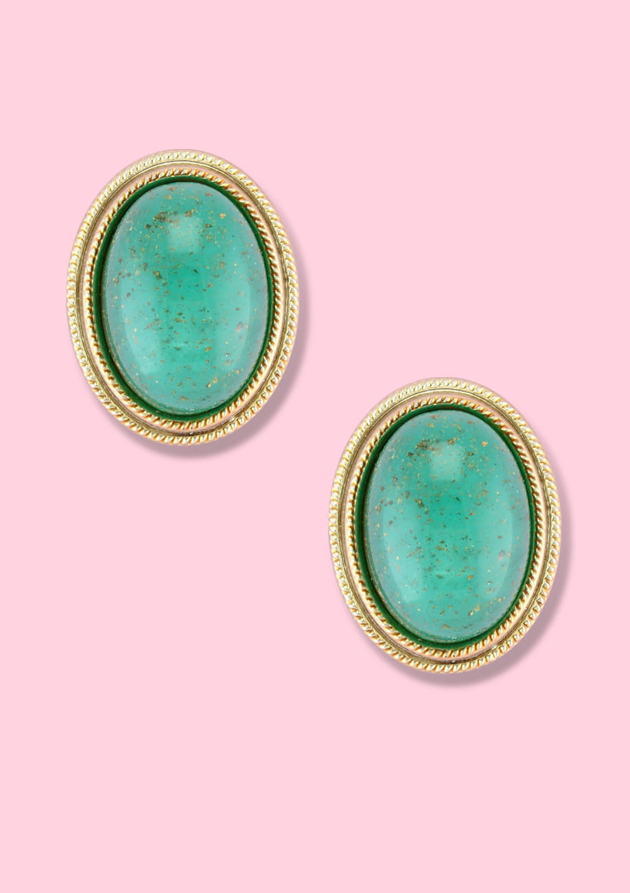 Classic vintage stone earrings with clip-on closing, by live-to-express. Shop vintage 60's earrings online
