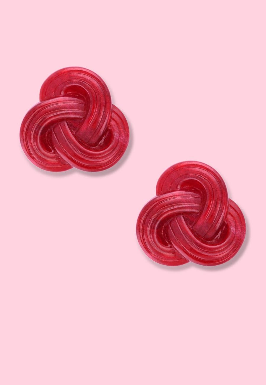 Marbled red braided stud earrings with clip-on closing, by live-to-express. Shop 70's vintage design earrings online.