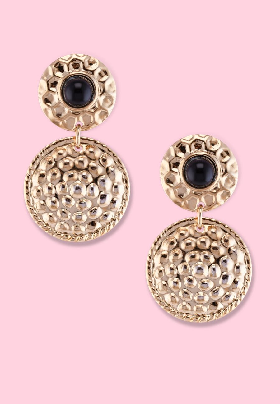 Vintage golden ear jewellery, by live-to-express. Shop vintage ear jewellery online