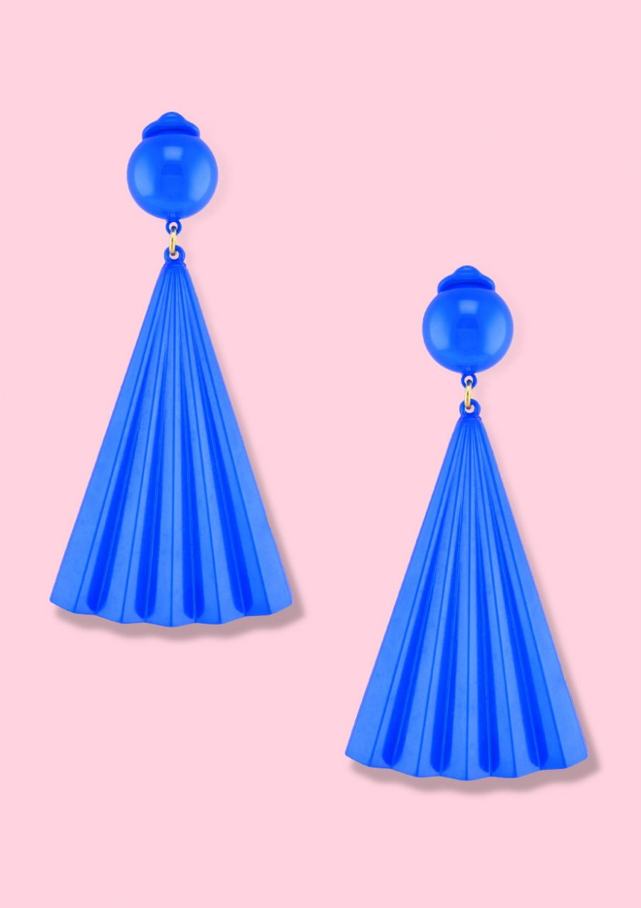 Blue drop earrings by live-to-express. Shop 70's vintage clip-on earrings online.