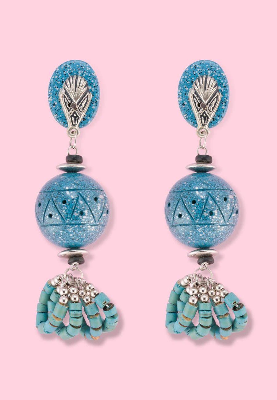 Wooden-vintage-70s-drop-earrings-Live-To-Express-sesphers-clip-on-drop-earrings-blue