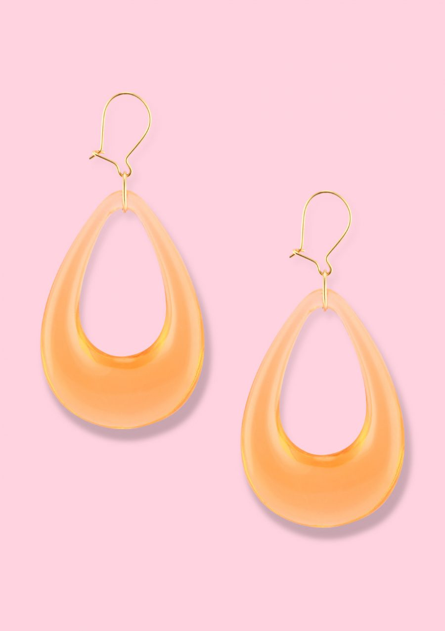 Orange retro teardrop drop earrings with a kidney closing, by live-to-express. Sustainable vintage earrings